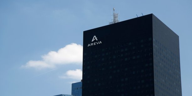L'arrêté autorise d'autre part l'Etat a céder au CEA 5,4% du capital de New Areva Holding, contre un paiement par le CEA d'une contrepartie en actions Areva SA. Au terme de l'opération, l'Etat détiendra 50,2% du capital de New Areva Holding.