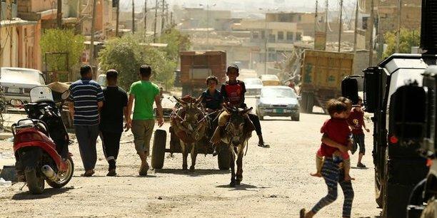 Premiere livraison d'aide majeure a mossoul-ouest en 3 ans[reuters.com]