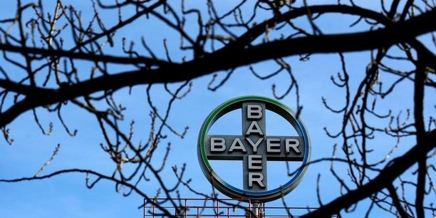 A la Bourse de Francfort, l'action Bayer amplifiait sa progression après l'annonce de la CE et gagnait 1,79% à 108,30 euros.