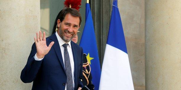 Le secrétaire d'Etat chargé des Relations avec le Parlement a rappelé que le gouvernement avait fixé à 13 milliards d'euros, le montant des économies de fonctionnement qu'il attendait des collectivités locales.