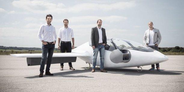 La startup allemande Lilium veut développer, grâce à sa deuxième levée de fonds, un taxi volant pour désenclaver le trafic urbain.