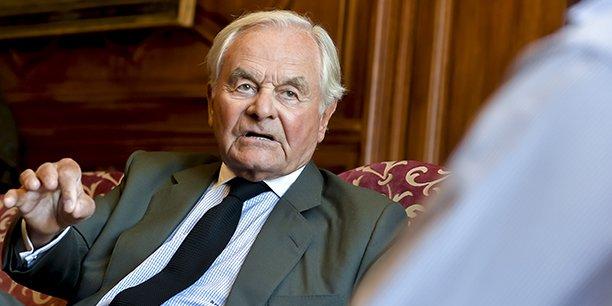 Bernard Magrez, propriétaire de 42 châteaux dans le monde