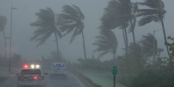 Un bilan encore provisoire fait état d'une dizaine de morts, 112 blessés, dont deux graves, et sept disparus dans la partie française de Saint-Martin et sur l'île de Saint-Barthélemy après le passage d'Irma.