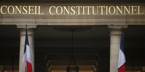 Le Conseil constitutionnel a validé la loi d'habilitant le gouvernement à réformer le Code du travail par ordonnances. Pour les Sages, l'instauration d'un barème pour les indemnités prud'homales ne remet pas en cause le principe d'égalité devant la loi.
