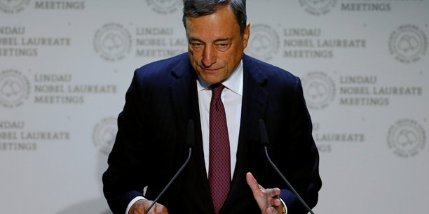 Concernant les modalités de sortie du QE, Mario Draghi a confié que le Conseil avait discuté d'une série de scénarios, des avantages et des inconvénients de la durée et du volume, mais sans en dévoiler davantage.