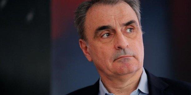 Diplômé de l'Ecole nationale supérieure des télécommunications de Paris, Michel Paulin a fréquenté les bancs de Polytechnique, en compagnie de Michel Combes, PDG de SFR.