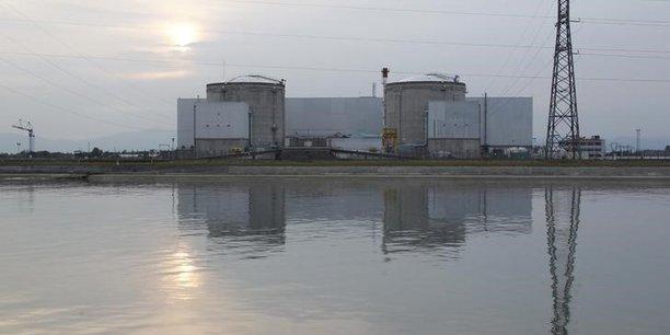 La future zone d'activités EcoRhéna, au nord de la centrale nucléaire de Fessenheim et au bord du Rhin, doit soutenir le déploiement de nouvelles activités économiques dans le Haut-Rhin.