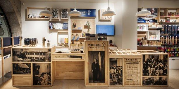 Opinel ouvre sa première boutique en propre à Annecy.