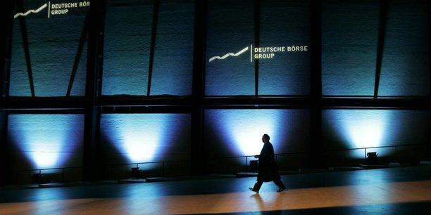 Deutsche borse accepte des amendes dans une enquete pour delit d'initie[reuters.com]