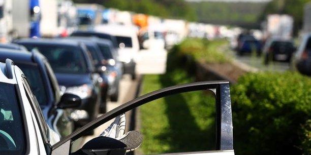 Le marche automobile europeen en hausse de 5,5% en aout[reuters.com]