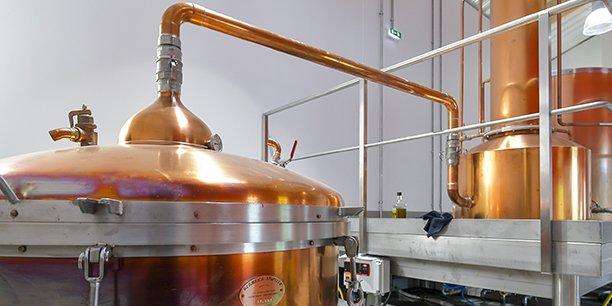 Le premier des deux alambics de la distillerie, fabriqué par la maison Stupfler à Bègles.