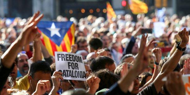 Les tensions entre Madrid et la Catalogne gagnent la police