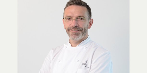 Le chef toil s bastien bras sort du guide michelin for Cuisinier un bras