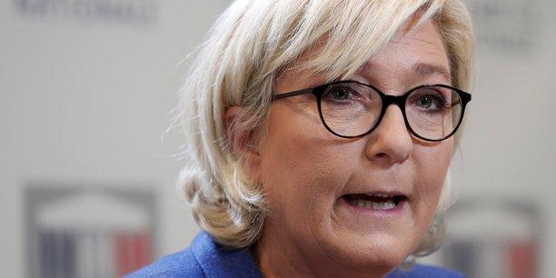 La Banque de France ne dit rien et est incapable de nous dire la raison pour laquelle la Société Générale a clôturé le compte du FN, a réagi mardi Marine Le Pen, pour qui c'est le tribunal qui va décider du sort de cette affaire.
