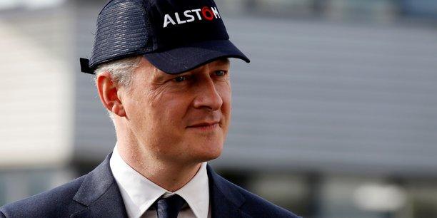 Le gouvernement n'a pas souhaité exercer l'option d'achat, Bruno Le Maire, (ici, le 29 septembre 2017, sur le site d'Alstom de Petite-Forêt près de Valenciennes) considérant d'une part que cela menacerait l'opération de fusion engagée avec le champion allemand Siemens et, d'autre part, qu'entrer au capital sans pouvoir peser sur les décisions stratégiques ne servait à rien.