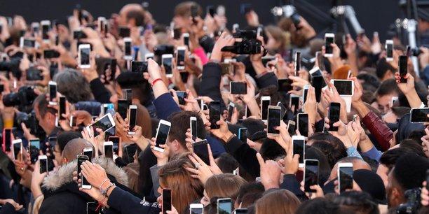 Des participants à un événement de L'Oréal, ce dimanche à Paris, à l'occasion de la Fashion Week.