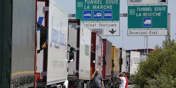 Les entreprises s'inquiètent d'un éventuel retour des droits de douanes et des obstacles non-tarifaires, comme l'allongement des temps d'attente à la frontière avec le Royaume-Uni.