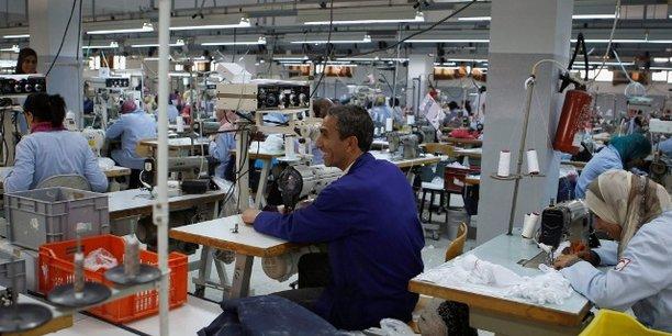 Au Maroc, le plan Textile 2025 vise à augmenter la taille du secteur en lui permettant d'atteindre un PIB de 46 à 48 milliards de dirhams et des exportations sectorielles de l'ordre de 85 à 95 milliards.