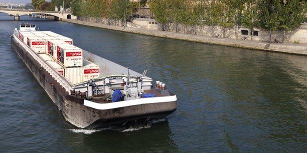 Le transport de conteneurs ne représente que 8% actuellement du transport fluvial. La perspective de l'objectif de 25% de report modal non routier et non aérien à l'horizon 2022 (loi de Grenelle du 3 août 2009) pourrait changer la donne.