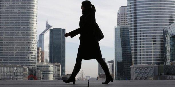 La ministère du Travail, le Premier ministre et le secrétariat chargé à l'Egalité entre les femmes et les hommes s'est fixé un objectif ambitieux : supprimer l'écart de salaire de 9% pour toutes les femmes pendant le quinquennat.
