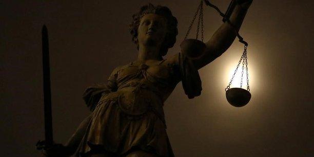 Tentative d'attentat du xvie: trois suspects deferes au parquet de paris[reuters.com]