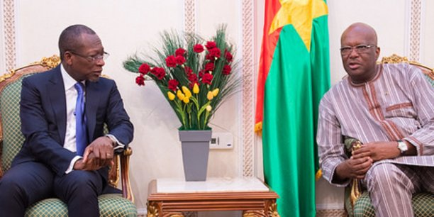 De retour d'une visite de travail en France, le président béninois est arrivé à Ouagadougou lundi dernier première étape d'une tournée ouest africaine, où il s'est entretenu avec son homologue burkinabé Marc Roch Christian Kaboré.