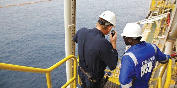 En Afrique de l'Ouest, la production pétrolière du groupe Tullow devrait atteindre 85 000 barils par jour en 2017.