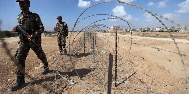 Le fatah et le hamas s'accordent sur le poste frontiere de rafah[reuters.com]