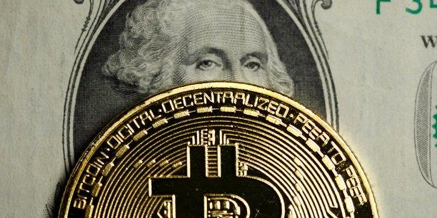Quel type d'aiguilles pourrait faire éclater la bulle ? Le premier serait le casse du siècle (le vol par subtilisation de mot de passe ayant toujours existé) ou bien une effraction dans le système de blockchain, laquelle entraînerait une inondation de faux bitcoins, et donc, un effondrement des cours.