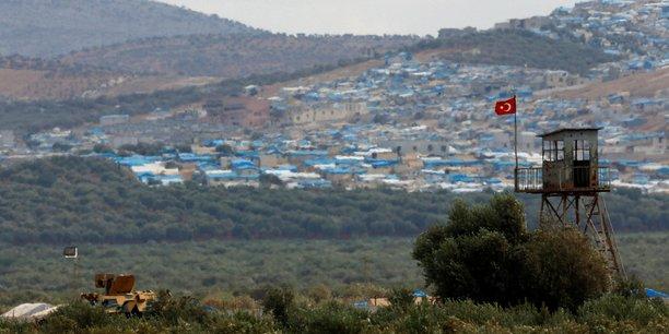 Des troupes turques prennent position dans la province d'idlib[reuters.com]