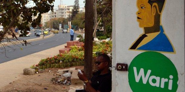 Après le fiasco du rachat de Tigo, Wari remonte au front avec WhatsApp