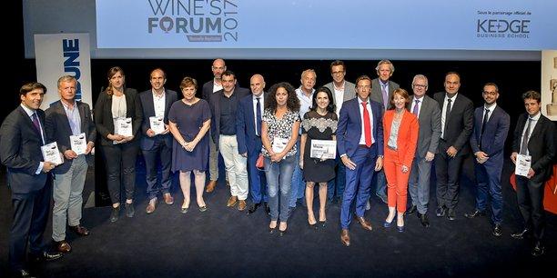 Les lauréats, partenaires et membres du jury de cette édition 2017 de La Tribune Wine's Forum
