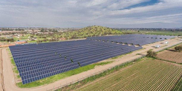 Depuis 2004, le monde a investi 2488 milliards d'euros dans ces sources d'énergie propres, selon le rapport Tendances mondiales des investissements dans l'énergie solaire 2018 de l'ONU Environnement, le Centre de Collaboration Frankfurt School - PNUE et Bloomberg New Energy Finance.