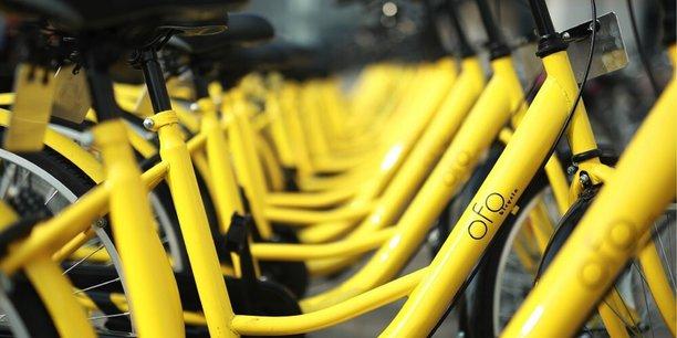 Ofo (dont les vélos sont ici en photo), oBike et Indigo Weel sont sur les rangs à Bordeaux