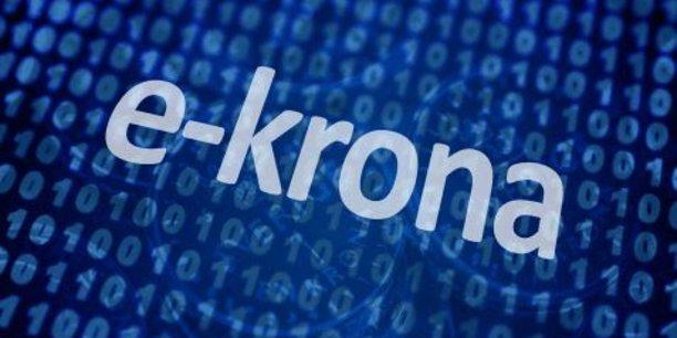 La banque centrale de Suède, la Riksbank, planche sur un projet de monnaie numérique légale baptisée e-krona, l'e-couronne.