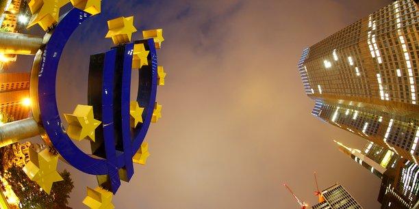 Les entreprises étrangères à l'UE souhaitant acquérir une participation de plus de 35% dans des entreprises appartenant au bloc communautaire et dont le chiffre d'affaires dépasse 100 millions d'euros devront au préalable informer la Commission européenne si elles ont bénéficié d'une aide d'Etat de plus de 10 millions d'euros, selon ce projet consulté par Reuters.