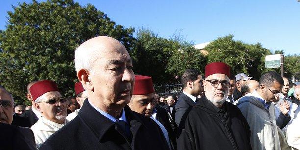 A gauche, au premier plan, Driss Jettou, premier président de la Cour des comptes. A droite, Abdelilah Benkirane, secrétaire général du PJD, et chef de Gouvernement lors de la période que couvre le rapport.
