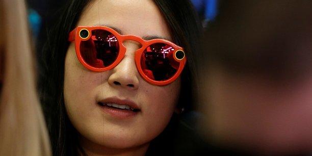 Invendus, licenciements... Les lunettes connectées de Snapchat sont ... 5c4f05ce1feb