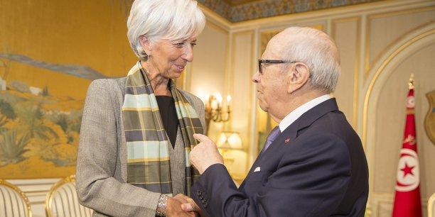 La Directrice générale du Fonds monétaire international (FMI), Christine Lagarde, rencontre le président tunisien Beji Caid Essebsi au Palais de Carthage à Tunis, le 8 septembre 2015.