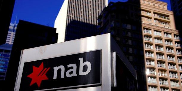 Cette restructuration intervient alors que la banque a vu son bénéfice net passer à 4,1 milliards lors de l'exercice clos en septembre 2017.