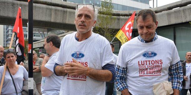 Philippe Poutou et et Gilles Lambersend (secrétaire du CE de FAI) juste avant le dernier comité de suivi de Ford Aquitaine Industrie.