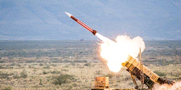 Le Département d'État ainsi que le Congrès ont approuvé la vente du missile antimissile Patriot à la Suède estimée à 3,2 milliards de dollars (2,6 milliards d'euros), qui ne fait l'objet d'aucune compensation