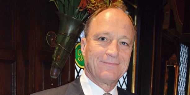 Sir David Richmond, CEO de la Fondation Brazzaville pour la Paix et l'Environnement et ancien diplomate britannique.