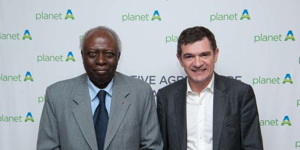Jacques Diouf, ancien Directeur Général de la FAO (gauche) en compagnie de Benoist Apparu, maire de Châlons-en-Champagne.