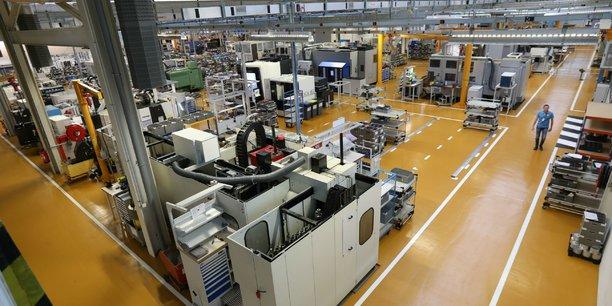 Le sous-traitant aéronautique de rang 1, Liebherr Aerospace, a inauguré en 2017 une usine du futur à Campsas (Tarn-et-Garonne).