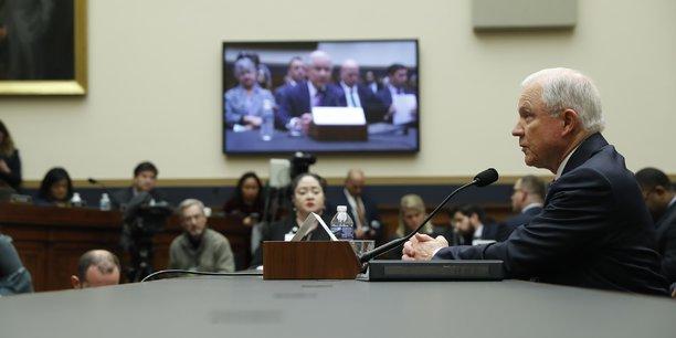 Sessions se rappelle une rencontre avec papadopoulos[reuters.com]