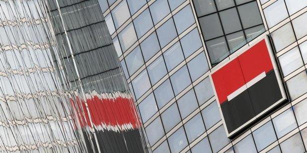 Outre les effets des baisses d'impôts de Trump, négatifs à court terme, la Soc Gen prend en compte la confirmation de l'amende d'un peu plus de 60 millions d'euros infligée par l'Autorité de la Concurrence dans l'affaire d'entente des banques au moment de la dématérialisation des chèques.