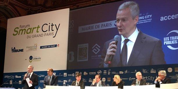 Bruno Le Maire s'exprimant au Forum Smart City de Paris.