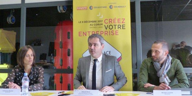De gauche à droite : Clémence Baudier (Mad Monkey), Samuel Hervé (vice-président de la CCI Hérault) et Michael Llorente (Relax Break).