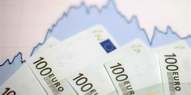 Compte tenu des fragilité manifestes de l'économie française, le groupe d'experts recommande de s'abstenir de tout 'coup de pouce' au 1er janvier 2018, afin de ne pas fragiliser les améliorations en cours.